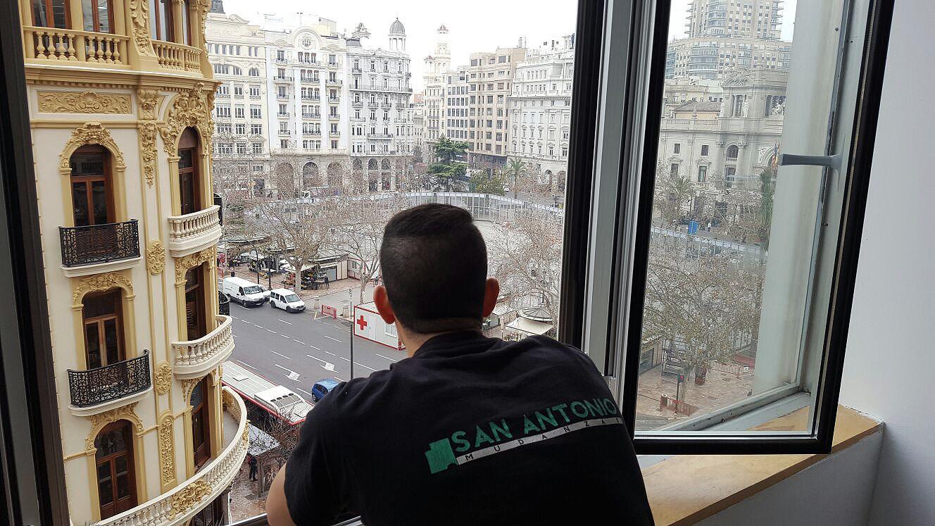 San Antonio Mudanzas Valencia - Mudanza de oficinas